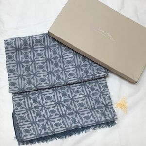 India Hicks Summer Weight Heritage Scarf